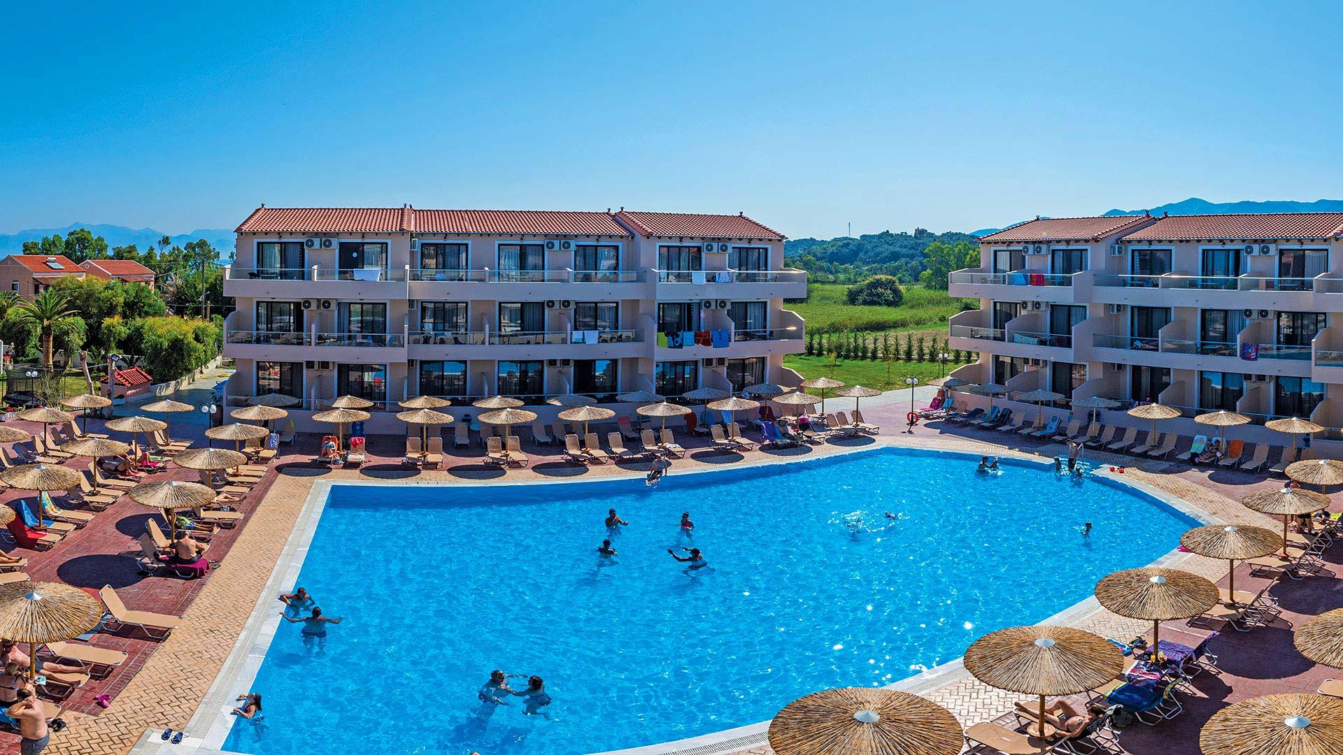 Pool - Hotel Roda Corfu